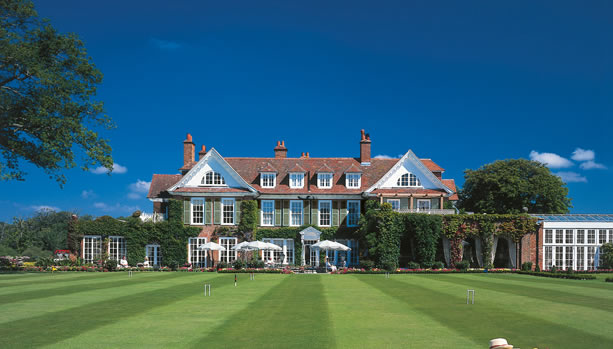 Hampshire Babymoon at Chewton Glen Hotel & Spa - exterior