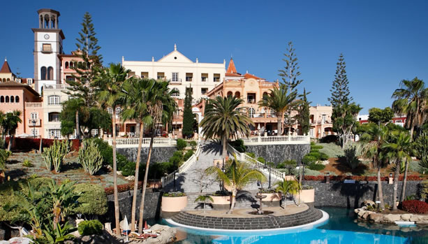 Tenerife Babymoon - Bahía del Duque - Façade