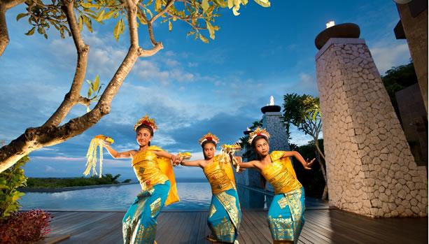 Bali Babymoon at Banyan Tree Ungasan - Cultural Legong Dance
