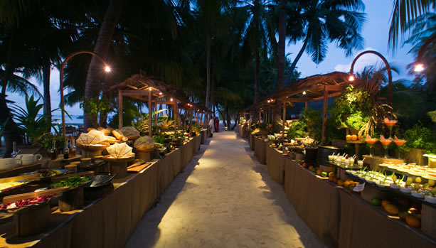 Maldives Babymoon at Gili Lankanfushi - Asian Street Market