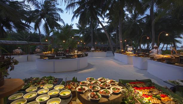 Maldives Babymoon at Gili Lankanfushi - Mediterranean Spice Souk