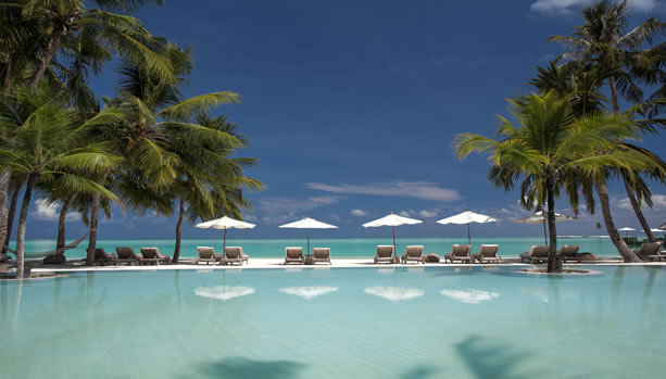 Maldives Babymoon at Gili Lankanfushi - Swimming Pool