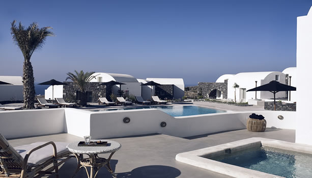 Santorini Babymoon at Santo Maris Oia Luxury Suites & Spa - suite pool front