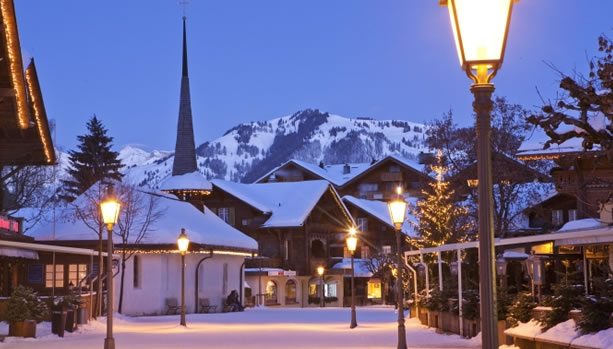 Gstaad Promenade at night. image©: Gstaad Saanenland Tourismus