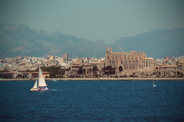 Palma de Mallorca, view from boat. ©image: Ilonka Molijn, private - things to do in Mallorca