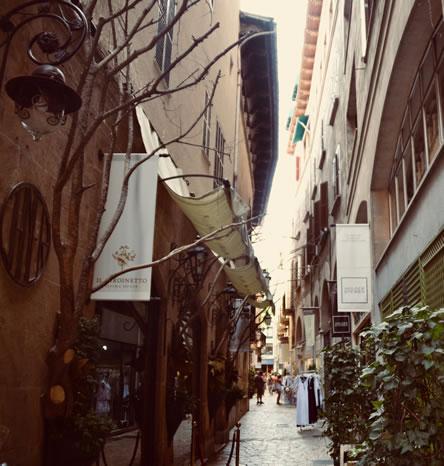 Palma de Mallorca, shopping streets. ©image: Ilonka Molijn, private