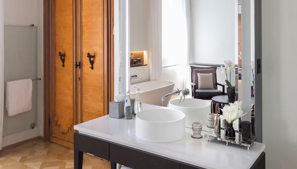 Aman Venice, Italy. Venice Babymoon. Suite Bathroom