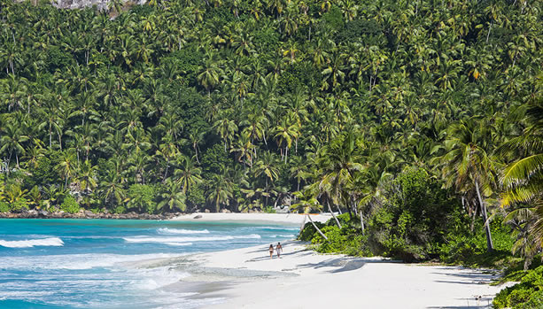 North Island - Seychelles Babymoon - romantic beach stroll