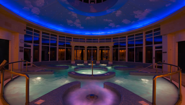 Hampshire Babymoon at Chewton Glen Hotel & Spa, Hydropool