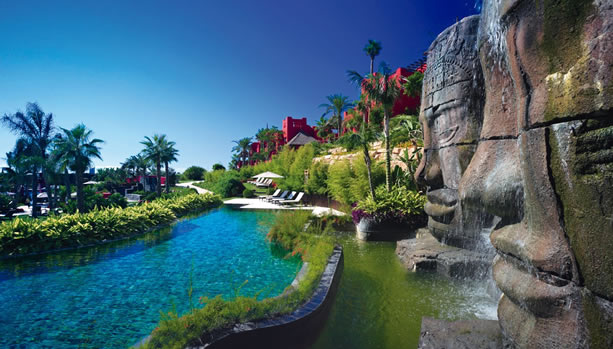 Alicante Babymoon at Asia Gardens Hotel & Thai Spa