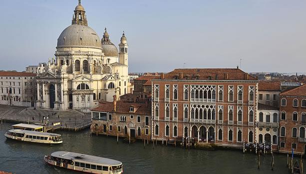 Venice Babymoon at Sina Centurion Palace