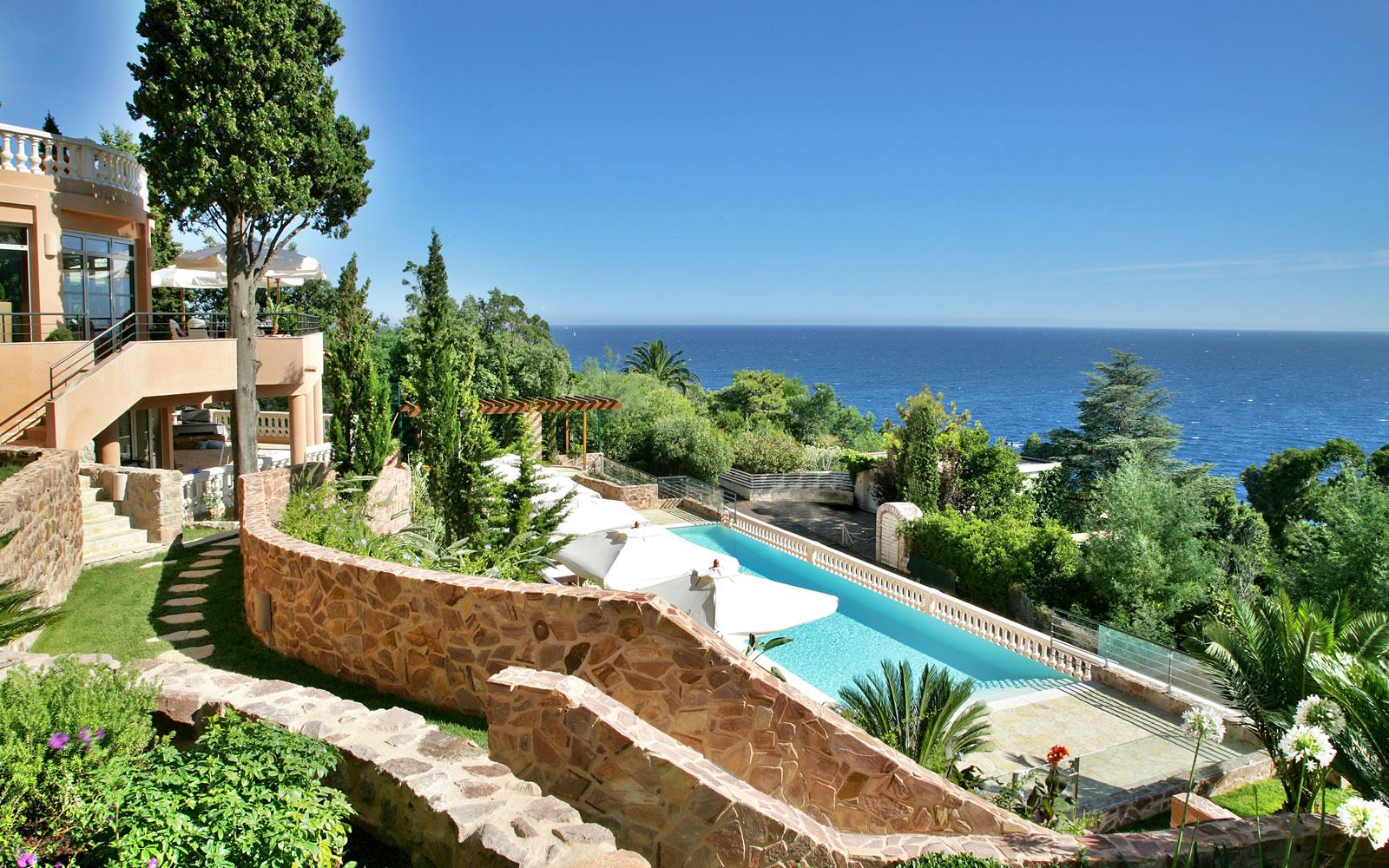 French Riviera Babymoon at Tiara Yaktsa