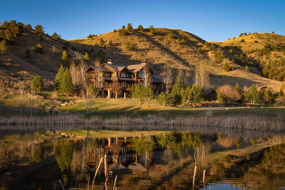 Montana Babymoon at Grey Cliffs Ranch